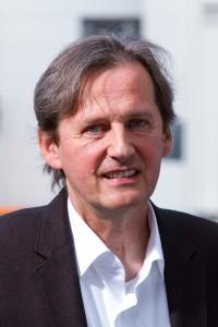 汉堡国立音乐与戏剧学院院长艾尔马.兰普森